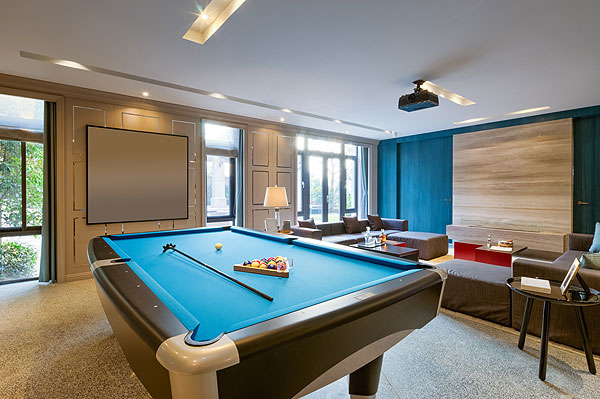 6 Things You Must Have in Your Man Cave