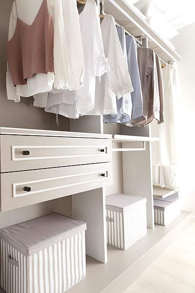 How To Organize Your Bedroom Closet